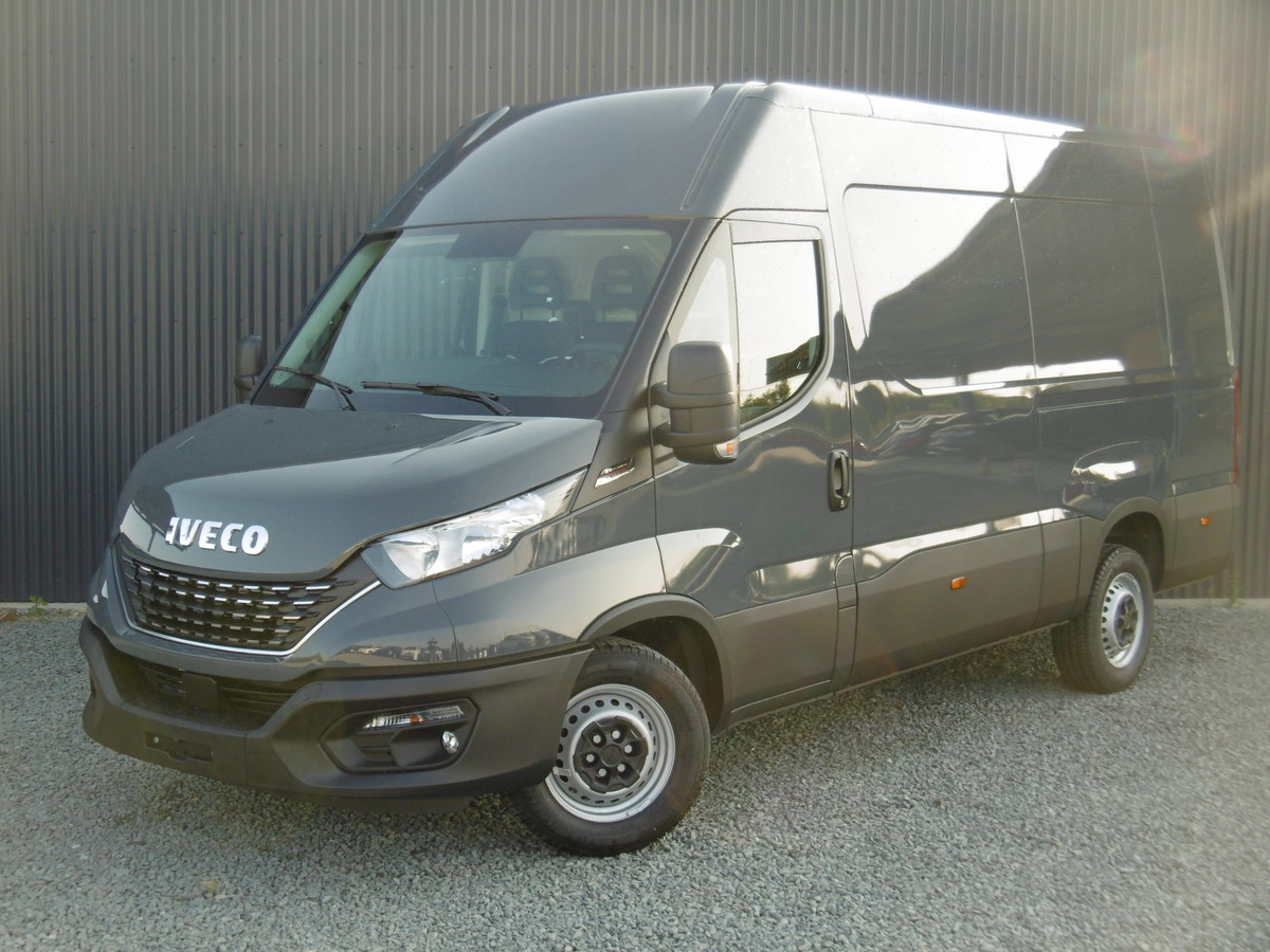 IVECO DAILY FOURGON 35S18 EMPATTEMENT 3520L H2