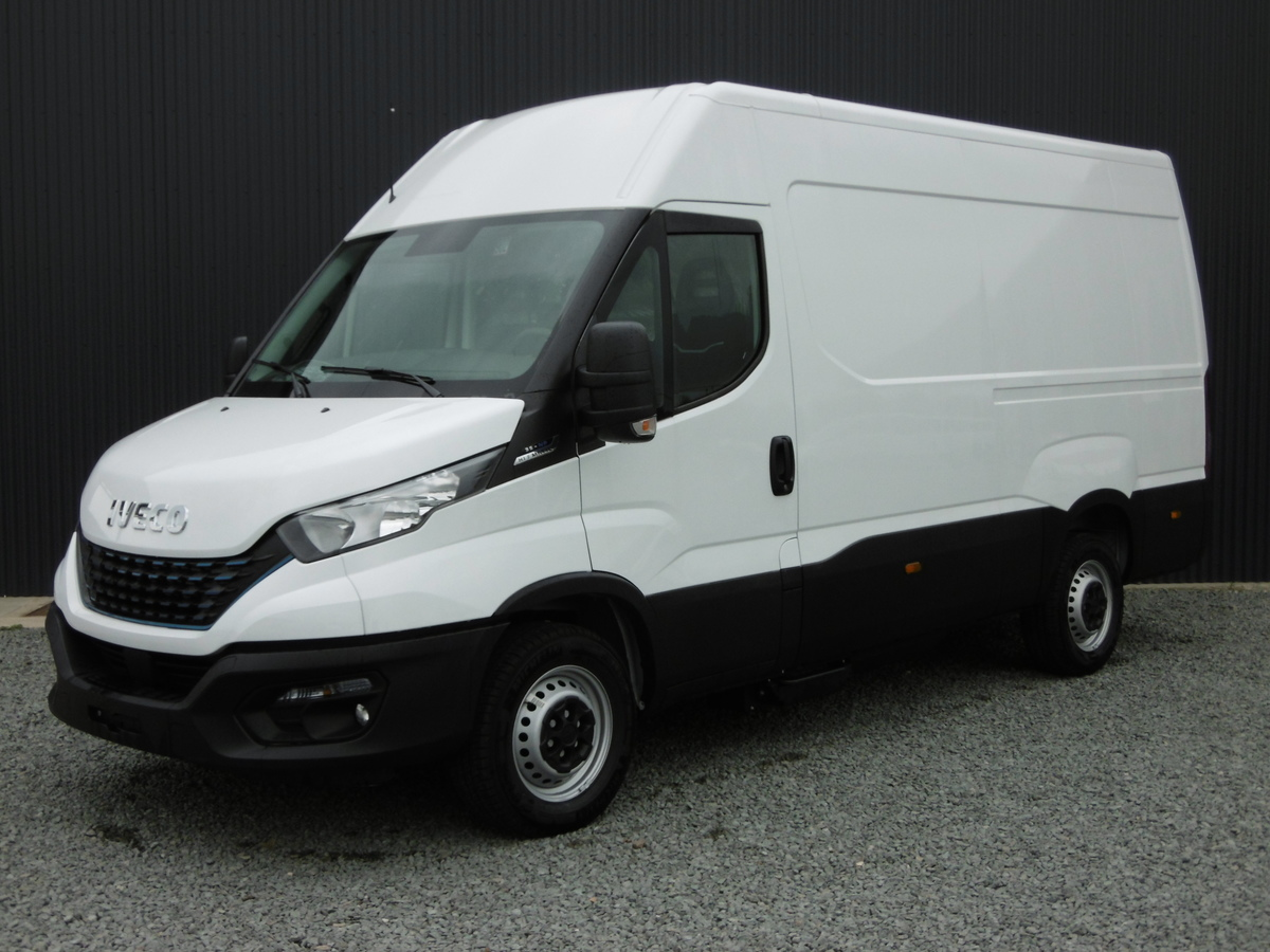 IVECO FOURGON 35S14V EMPATTEMENT 3520 L H2