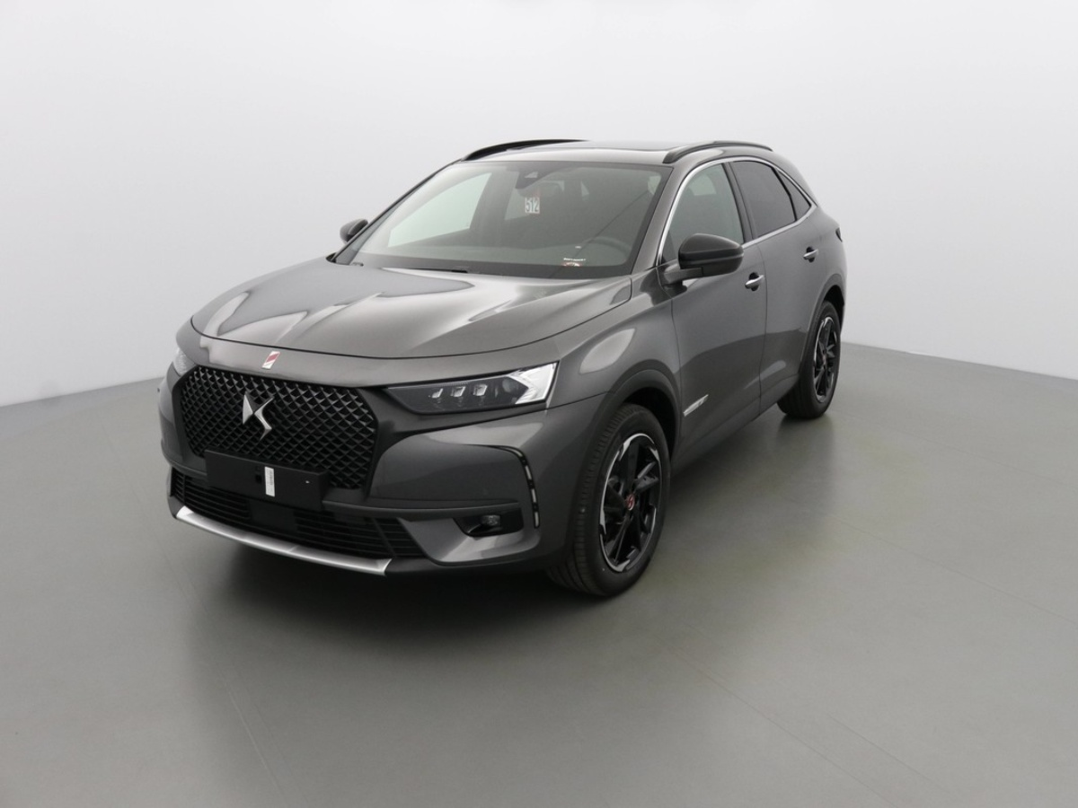 DS DS7 CROSSBACK PERFORMANCE LINE